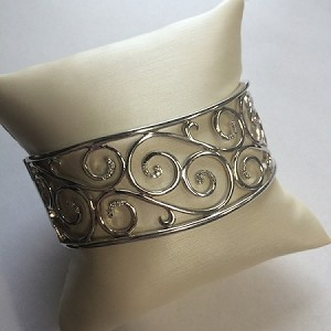 Lace Cuff with Diamonds